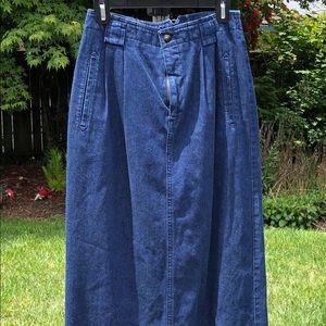 Dresses & Skirts - Liz Sport Denim skirt